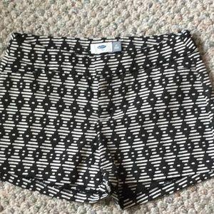 Old Navy Black & White shorts sz 0